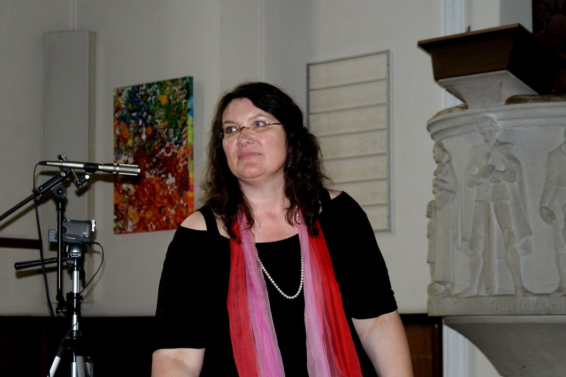 Pfarrerin Angelika Meder